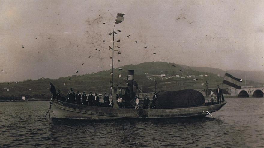 La única imagen que se conserva del barco bou Ramón