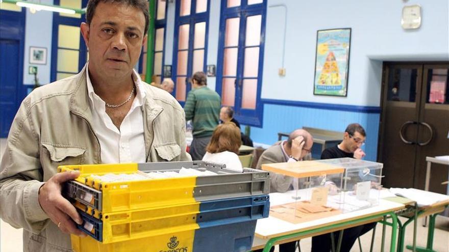La Junta Electoral amplía el plazo para votar por correo hasta el 21 de mayo