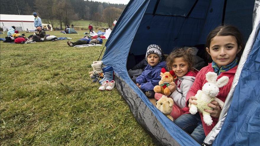 Ban Ki-moon pide atención especial para los refugiados menores de edad