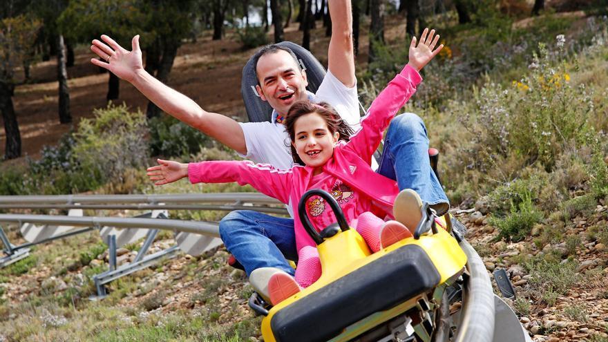 El bobsleigh es una de las atracciones de Sendaviva.