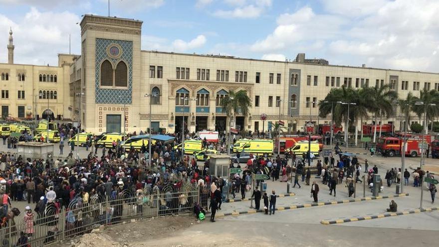 Al menos 20 muertos por un accidente en estación Ramsés de El Cairo