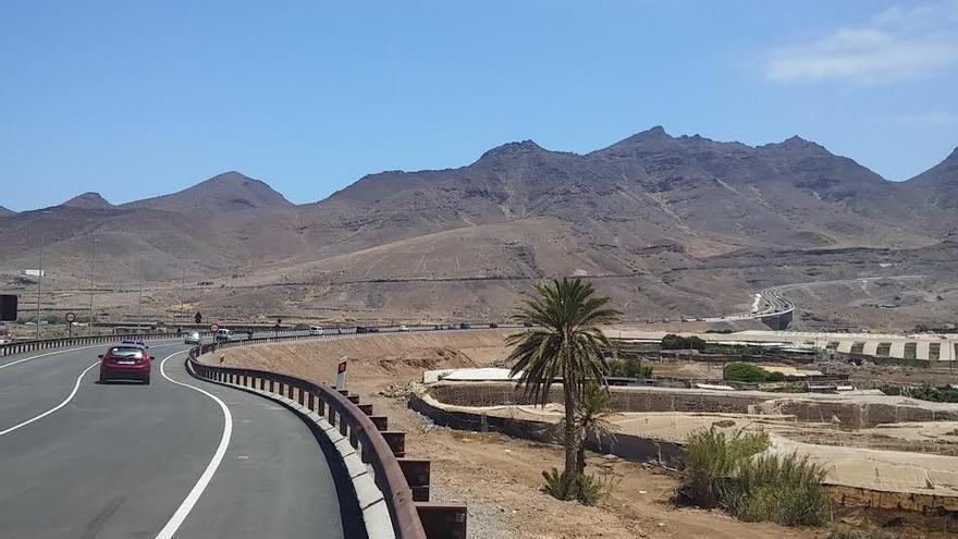 Nuevo tramo de la carretera de La Aldea.
