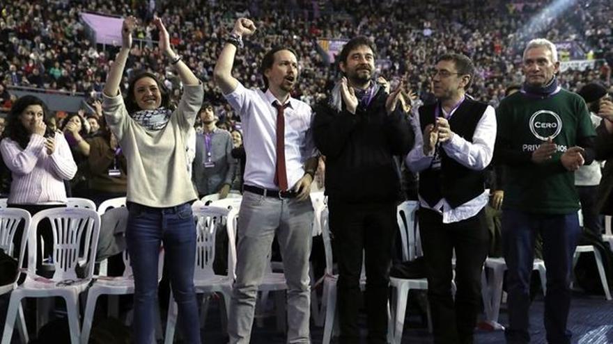 Diego Cañamero en la celebración de Vistalegre 2 con los más cercanos a Pablo Iglesias.