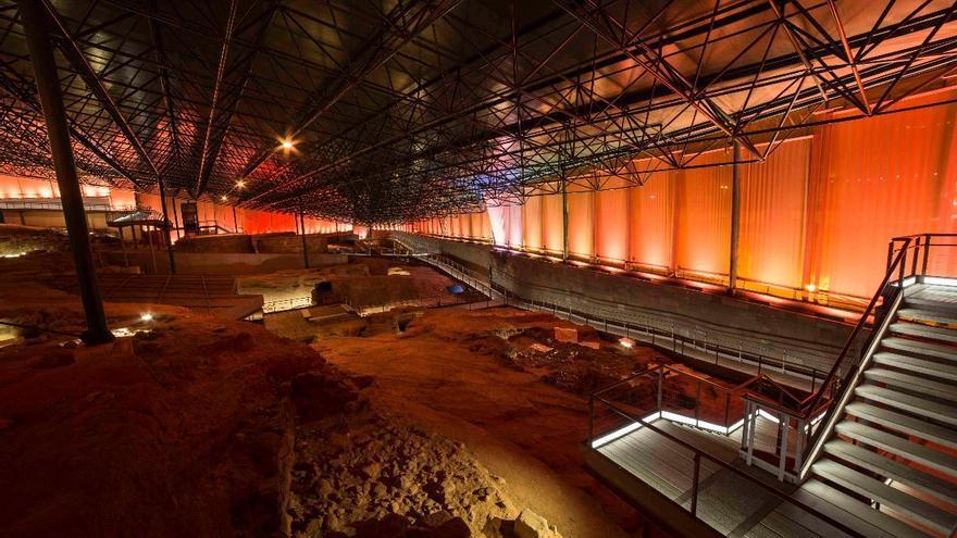 La Cueva Pintada estrena una iluminación eficiente