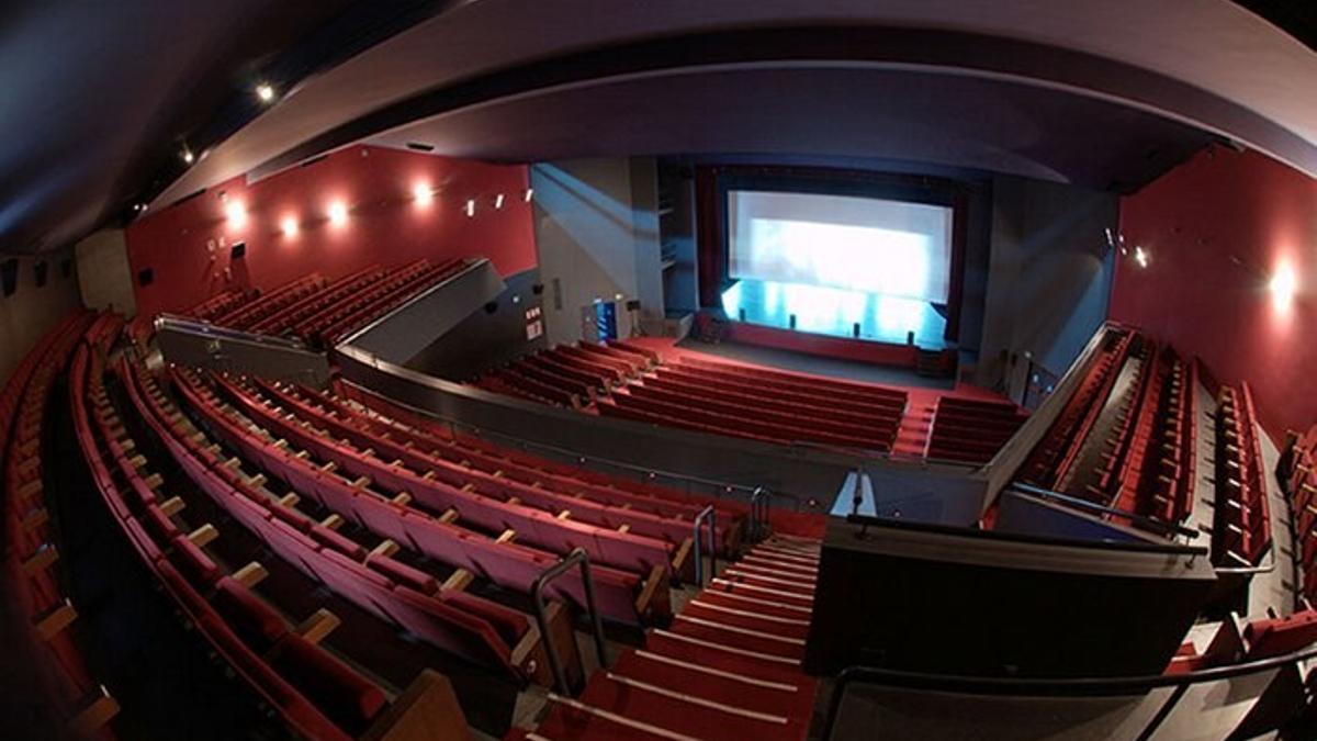 Interior del Teatro Municipal Concha Espina de Torrelavega.