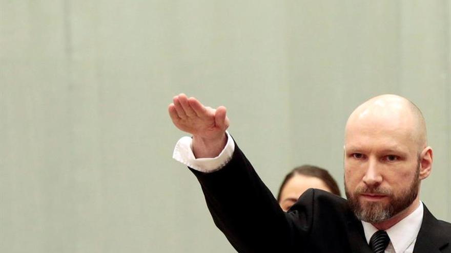 Breivik lleva a Estrasburgo la demanda contra Noruega por su régimen en prisión