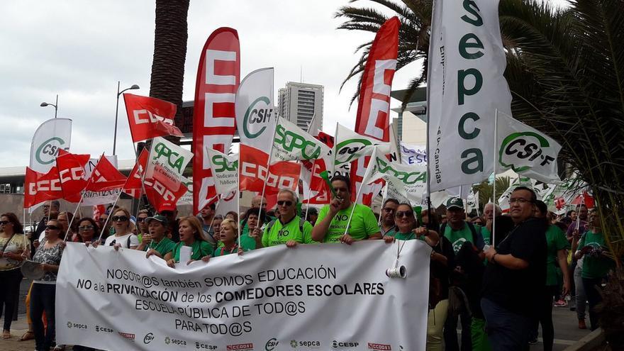 Huelga de trabajadores de los comedores en Tenerife