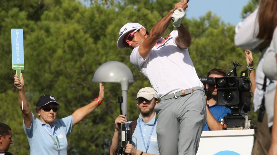 Rafa Cabrera Bello durante su recorrido de este viernes en el Open de España que se celebra en Madrid.