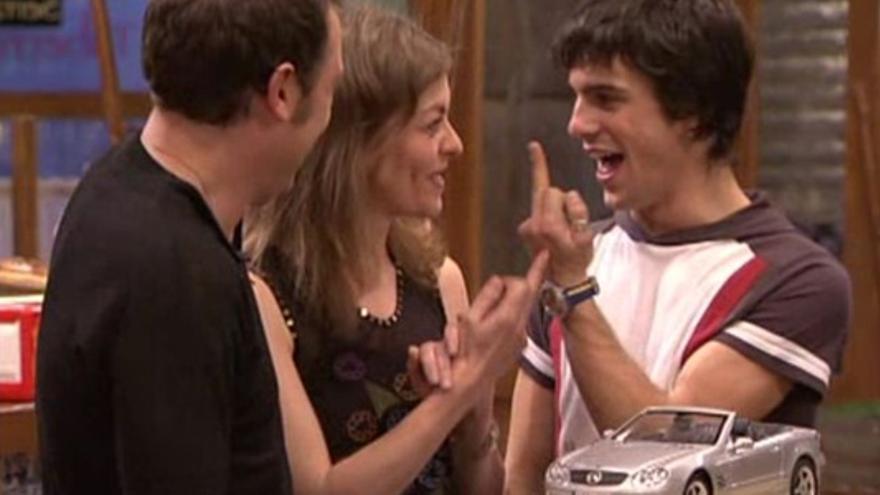 Caja Madrid castigó a Telecinco por 'Los Serrano'