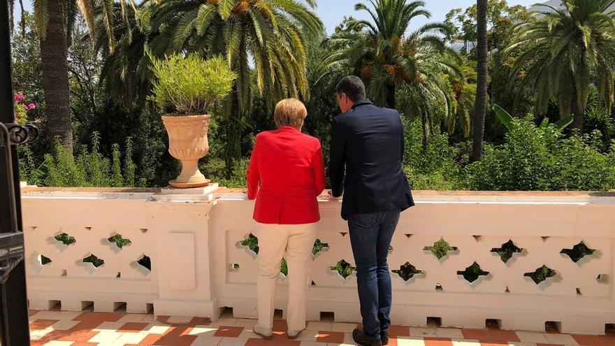 Sánchez y Merkel acuerdan intensificar la cooperación con Marruecos y Túnez para hacer frente a la crisis migratoria