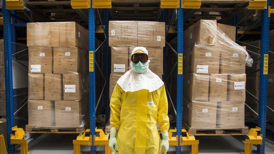 MSF pide apoyo para combatir el ébola en África al agotarse sus medios