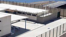 Patio del Centro de Internamiento de Extranjeros (CIE) de Hoya Fría, en Tenerife.