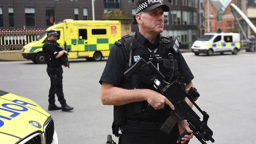 Once detenidos en R.Unido en una operación contra un grupo de extrema derecha