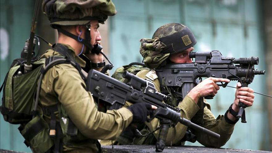 El Ejército israelí cierra la estación de radio de Al Fatah en Hebrón
