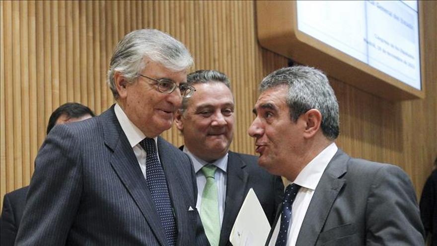 Torres-Dulce señala que  la Fiscalía explora las posibilidades para recurrir la sentencia del Prestige