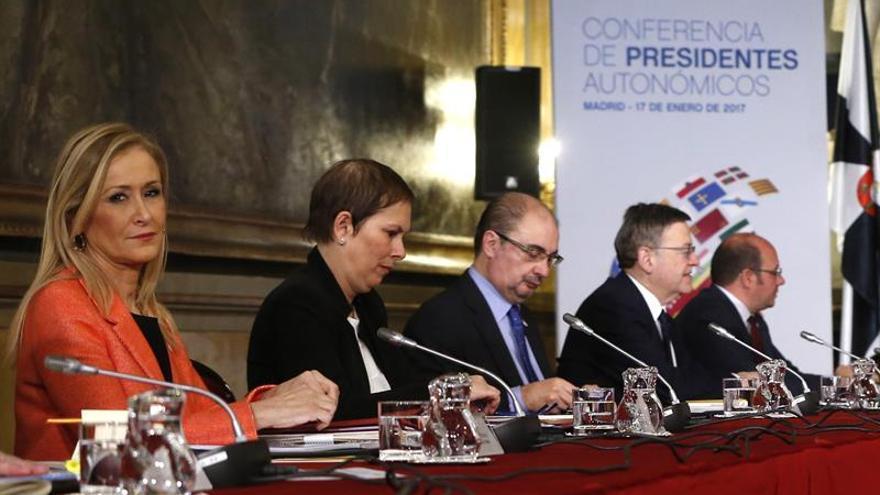 Las comunidades autónomas abordarán la dependencia en una comisión específica