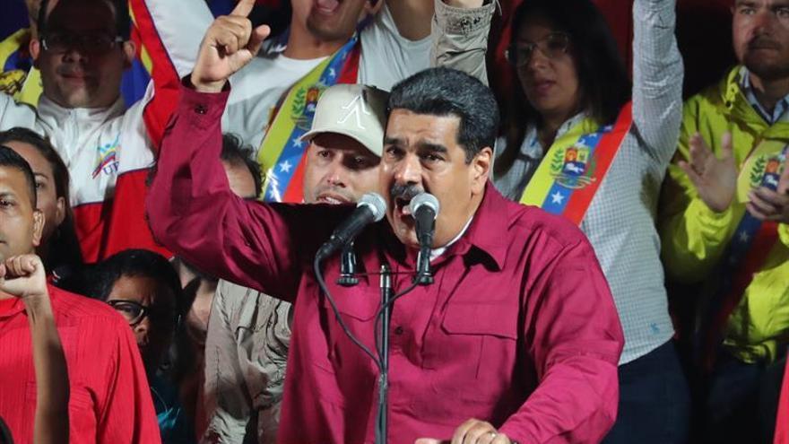 Maduro dice que cuando Venezuela salga de la OEA declarará día festivo