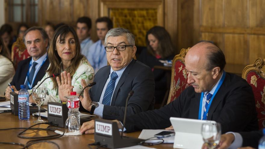 """César Gaviria: Las FARC """"seguirán perturbando la tranquilidad"""" pese al acuerdo de fin del conflicto"""