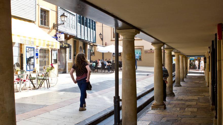 Soportales de la zona de El Foltán, en el casco histórico de Oviedo.