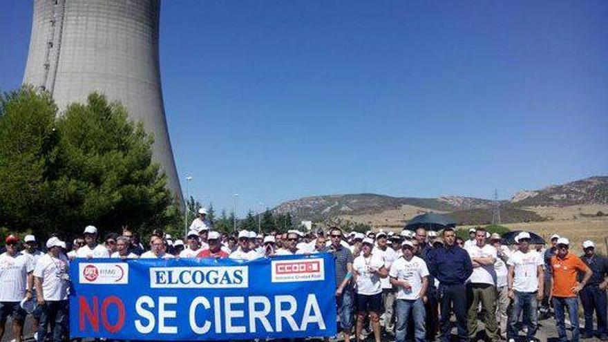 Protesta en contra del cierre de Elcogás, foto por Ángel León | Twitter