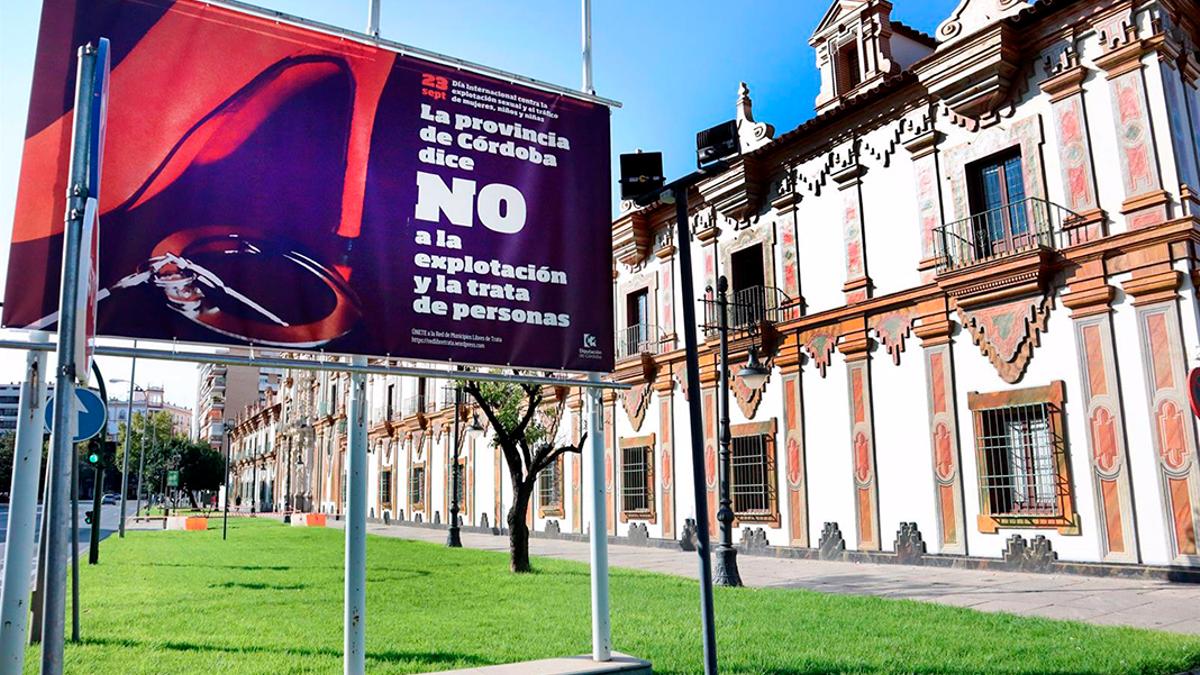 Cartel de 'La provincia de Córdoba dice no a la la explotación y la trata de personas'.