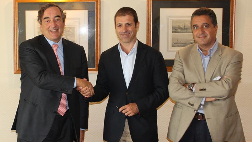 La CEOE firma un convenio de colaboración con IAB Spain para potenciar la comunicación digital en las empresas