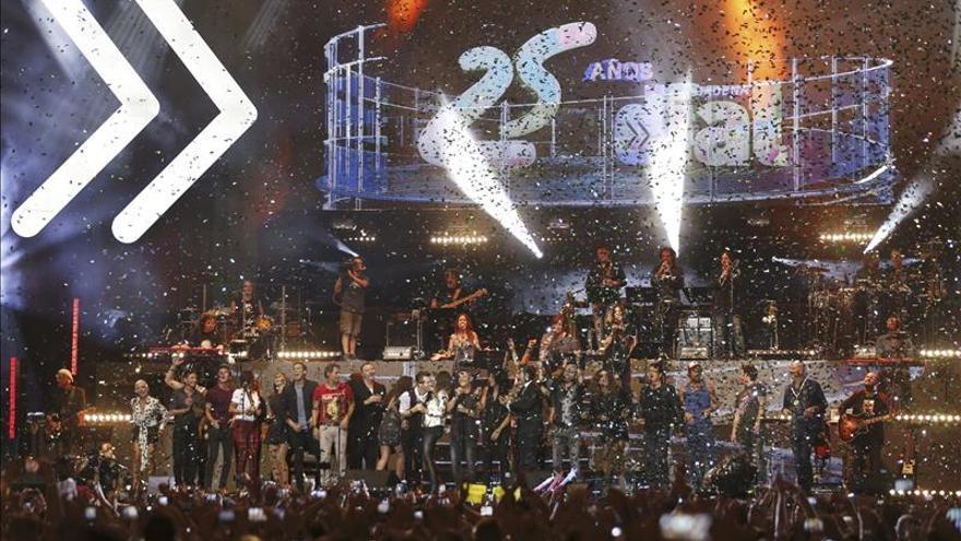 Cadena Dial celebra sus 25 años en las ondas haciendo vibrar a Madrid