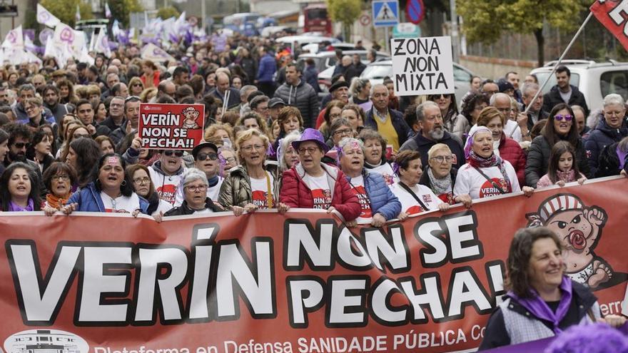 Manifestación do feminismo en galego en Verín, este domingo.