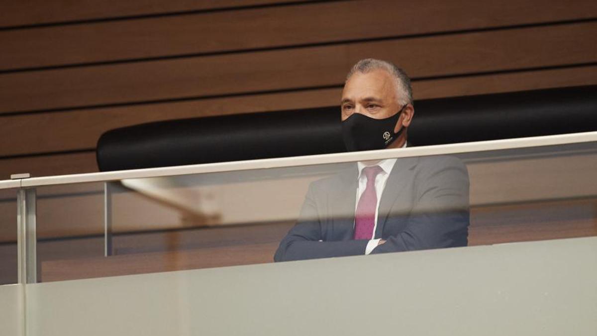 Javier Enériz, Defensor del Pueblo de Navarra durante el debate del pleno