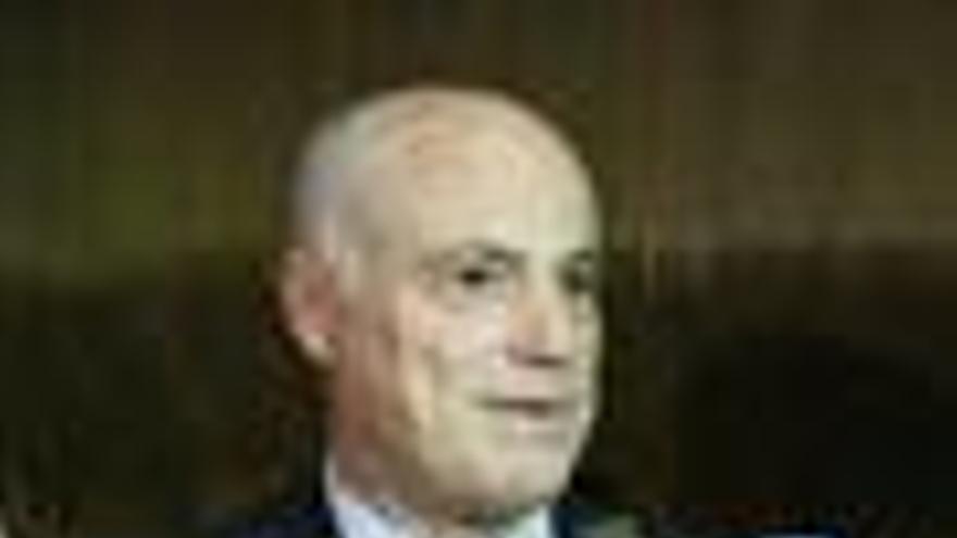 Campa dice que las signos de mejora económica no son señales claras sobre la salida de la crisis