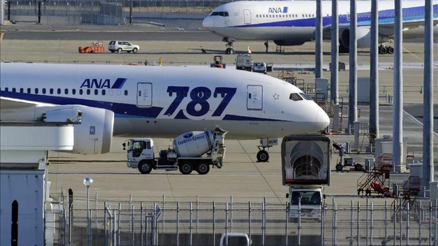 Boeing suspende las entregas de su avión 787