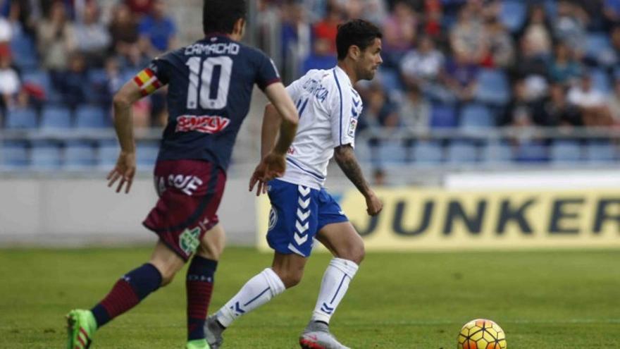 El jugador del CD Tenerife, Cristian García.