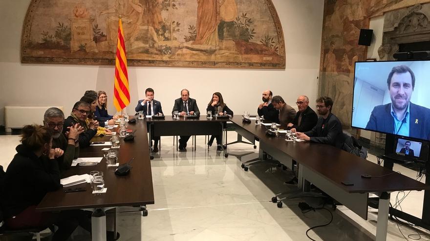 Comienza la reunión de Torra, Aragonès y Budó con partidos y entidades independentistas
