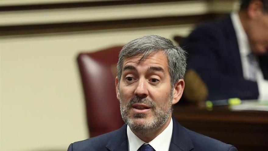 Fernando Clavijo, en la sesión parlamentaria de este martes. (EFE)
