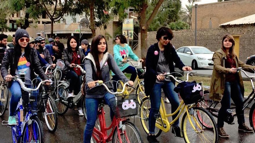 Ahora se organizan quedadas mixtas para recorrer en bicicleta las calles de Bagdad   Imagen cedida