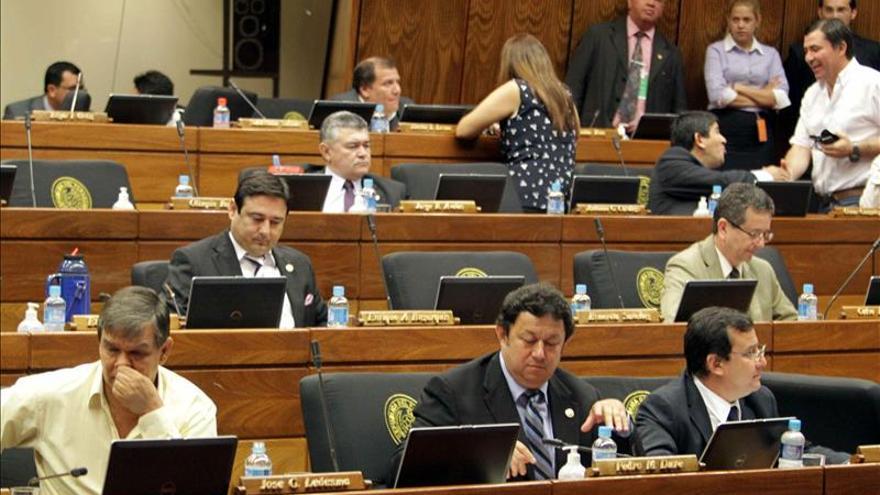 Diputados paraguayos aprueban 11.700 millones dólares presupuesto para 2016