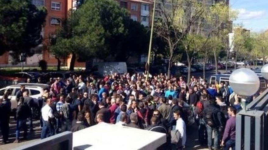 Protesta de antidisturbios en su sede de Madrid en 2014