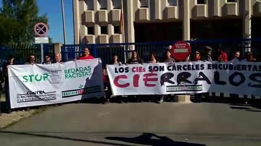 Protesta contra los Centros de Internamiento de Extranjeros