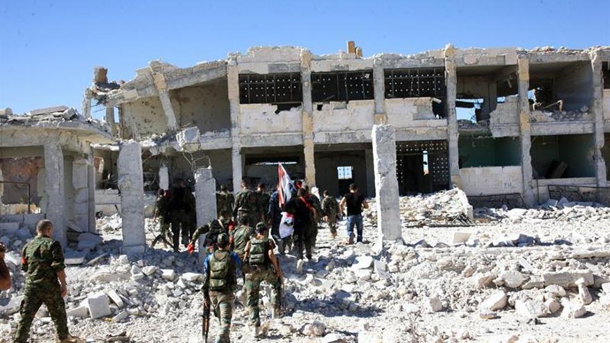 Observadores sirios elevan a 26 los muertos por los últimos bombardeos contra Alepo