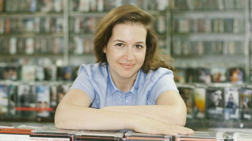 Hadley Freeman/ © Cecilia Díaz Betz, en el videoclub Video Instan en Barcelona