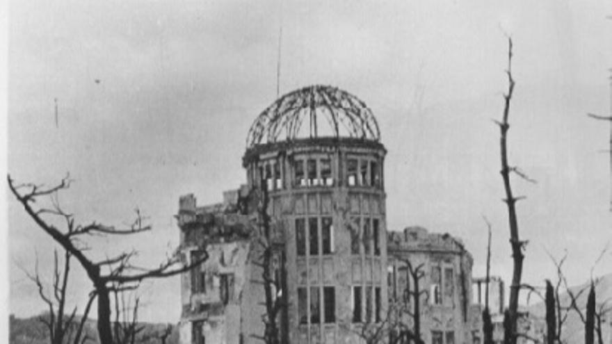 El único edificio que quedó en pie cerca del epicentro después se convertiría en el Monumento de la Paz