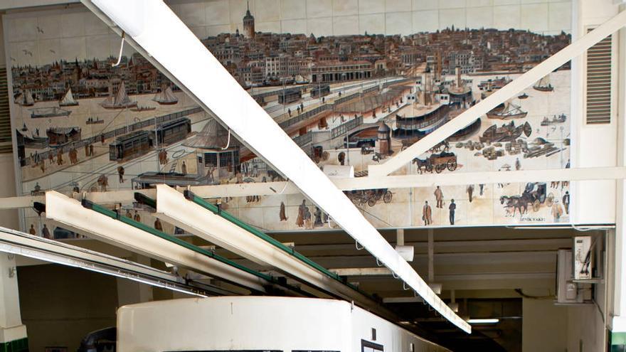 El Tünel, funicular subterráneo que sube desde las orillas de Gálata al inicio de la Calle Istiklal de Estambul. VIAJAR AHORA