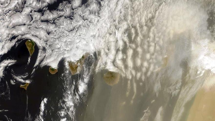 Calima sobre Canarias el pasado 14 de julio
