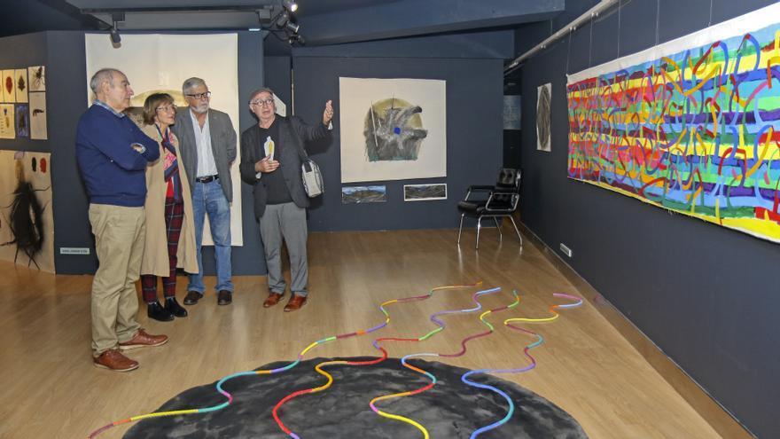 El Museo Marítimo expone 'Mar vertical', con pinturas, esculturas, fotos y vídeos