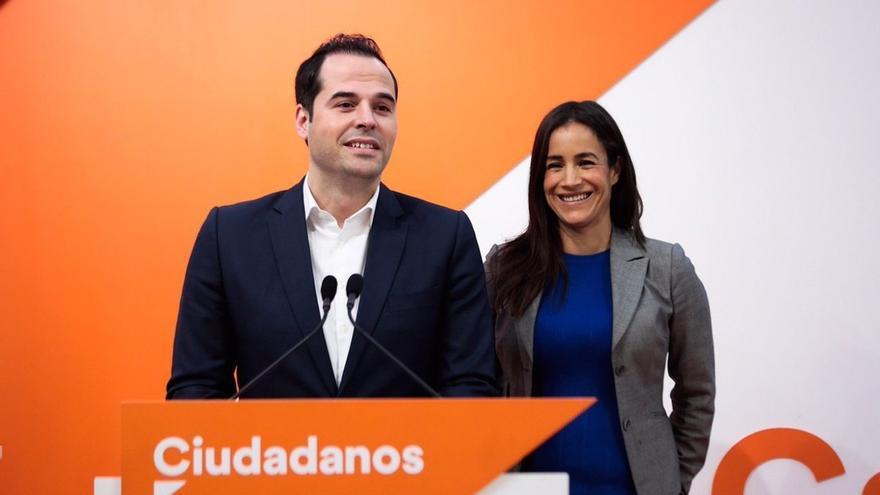 """Aguado y Villacís auguran que los españoles van a """"alzar la voz"""" contra Sánchez en Colón y exigirle elecciones"""