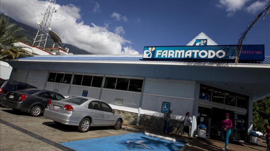 Directivos de la venezolana Farmatodo van a prisión acusados de ocasionar colas
