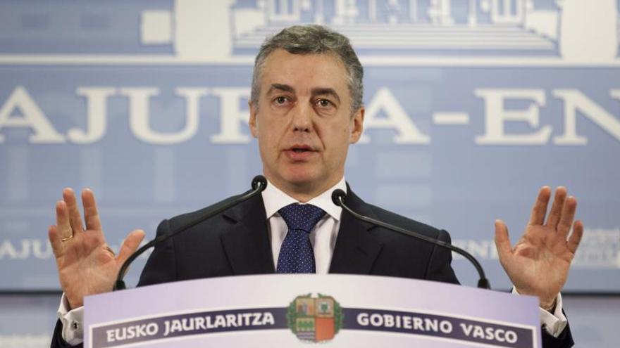 """Urkullu dice que el desarme de ETA es un """"paso urgente"""" para conseguir la paz"""