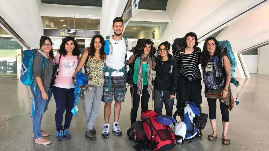 El centenar de jóvenes participantes en el programa Juventud Vasca Cooperante regresa a Euskadi