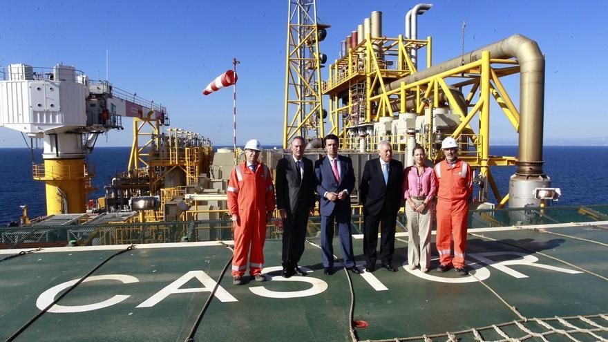 El exministro de Industria, José Manuel Soria, de Exteriores, José Manuel García-Margallo, y el expresidente de la Comunidad Valenciana, Alberto Fabra, en el Castor.