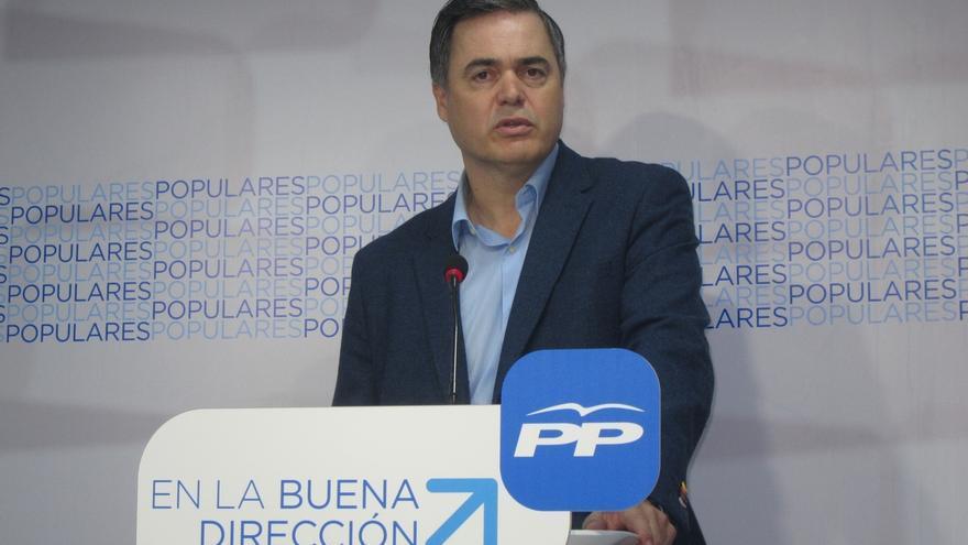 """Rojas (PP-A) cree que un posible pacto PSOE-Podemos-C's-IU dejaría a Andalucía """"estancada en el furgón de cola"""""""